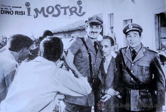 CARTEL FOTOGRAMA DE ANTIGUA PELÍCULA FILM ITALIANO 'EL MONSTRUO'