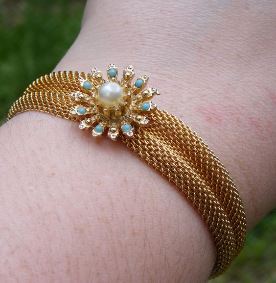 Vintage Gold Tone Mesh Bracelet with Faux by TwoLightsAboveTheSea. $6.00, via Etsy.