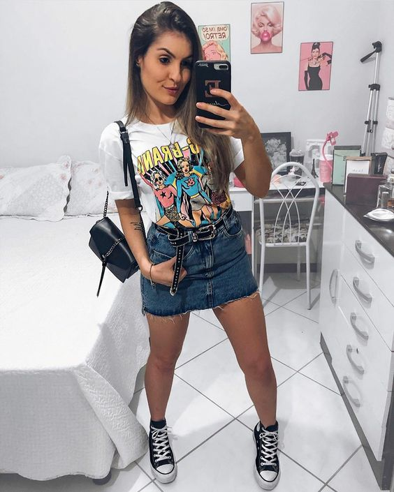 look tumblr de saia e camiseta estampada