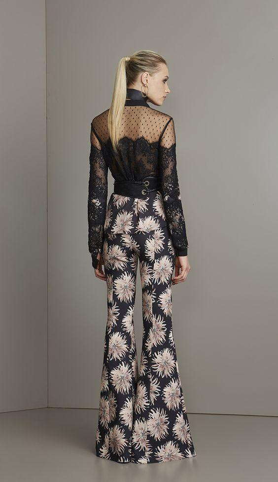 CALÇA FLARE CRISÂNTEMO  - CAL12334-KE | Skazi, Moda feminina, roupa casual, vestidos, saias, mulher moderna