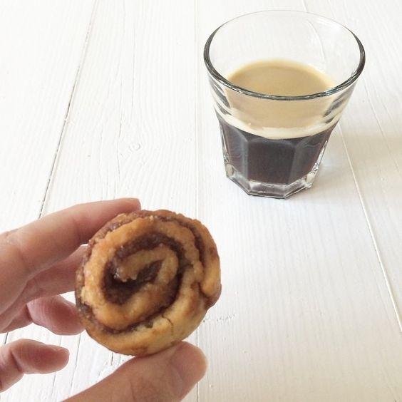 Mini kaneelbroodjes van @stach_food // Pauline - Uit Pauline's Keuken - @uitpaulineskeuken // 12-08-2014