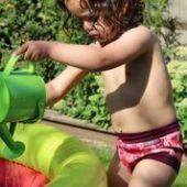 Pañales bañador Pop in, disfruta sin fugas en playa o piscina.  http://www.ecochinijos.com/ecochinijos/c200684/banadores.html