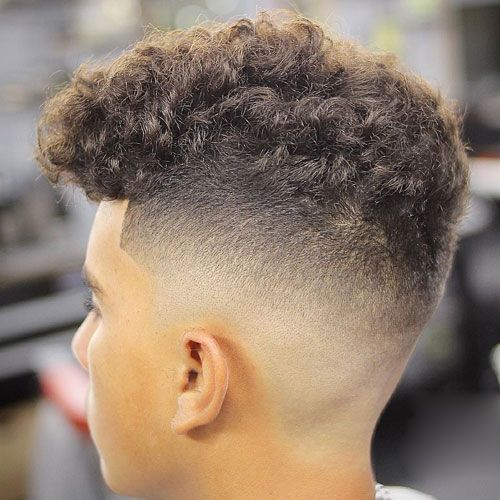 50 Best Curly Hairstyles Haircuts For Men 2020 Guide Cabello