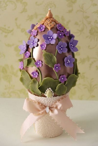 Chocolate egg: