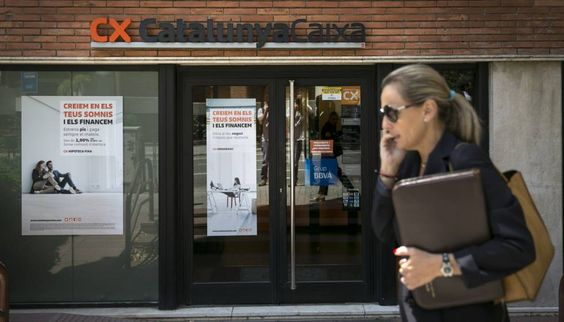 Muere apuñalada la subdirectora de una entidad bancaria en Barcelona - http://www.vistoenlosperiodicos.com/muere-apunalada-la-subdirectora-de-una-entidad-bancaria-en-barcelona/