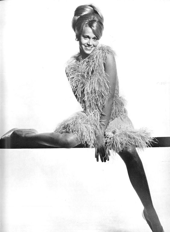 Todays 60's hair & makeup inspiration from one of our favs Jane Fonda
