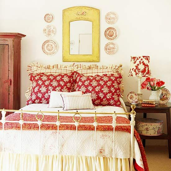 Love this cozy Cottage-Style Bedroom