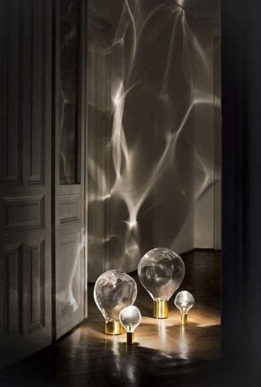 Ripple Is A Moving Light Piece That Express The Beauty Of Glass And Celebrates It S Making Process Eac Minimalist Lighting Cool Lighting Lighting Inspiration