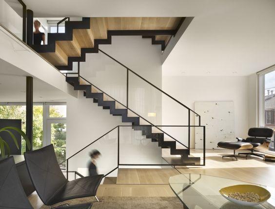 moderne treppen schwarz holz gerade laufplatten glas. Black Bedroom Furniture Sets. Home Design Ideas