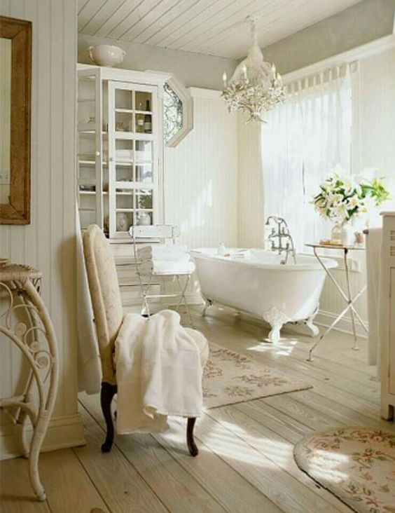 OMG!! - INCREDIBLY STUNNING!! - I ABSOLUTELY LOVE THIS MAGICAL & VERY 'GLAM' BATHROOM!! ♠️