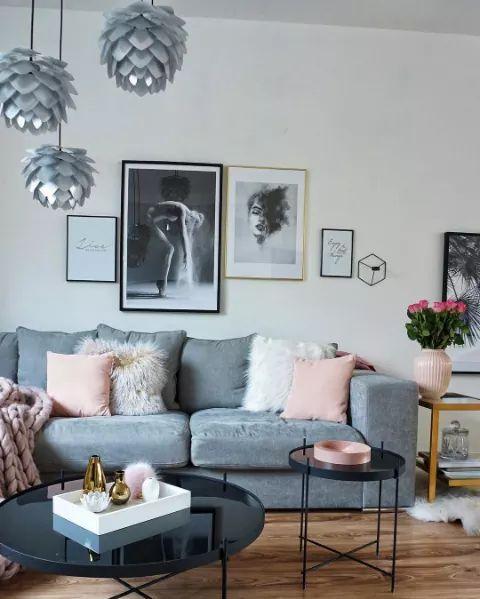 Piekny Salon W Stylu Glamour Szary Pudrowy Roz Bialy Kwiaty Zloto Czarny Living Room Grey Living Room Decor Apartment Living Room Decor Cozy