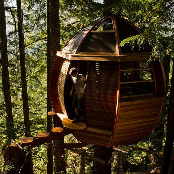 I want this treehouse! :)  HemLoft Treehouse, #JetsetterCurator