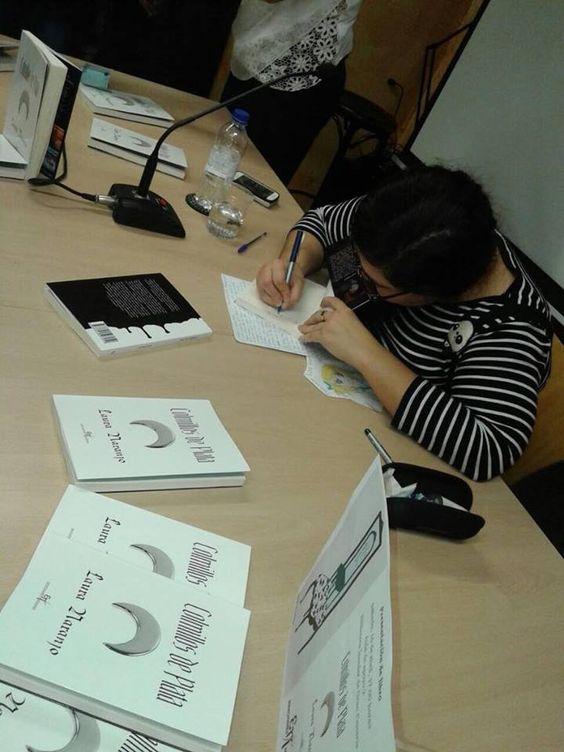 """16/04/2016- Presentación de libro """"Colmillos de plata"""" de Laura Naranjo."""