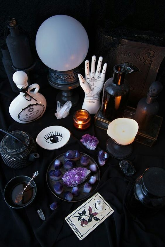 Wiccan Alter Ideas Witch Room Wiccan Alter Witch Aesthetic The witch aesthetic начал(а) читать. wiccan alter ideas witch room wiccan