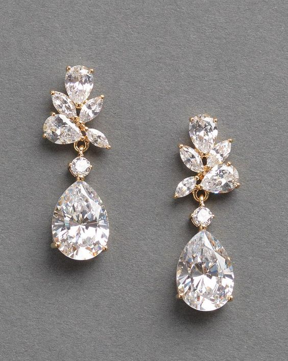 Floral CZ Pear Drop Earrings #darethcolburnbridal #bridalaccessories #weddingaccessories #bridalearrings #weddingearrings #dangleearrings #fancyearrings #wedding #bride #weddingplanning #jewelry