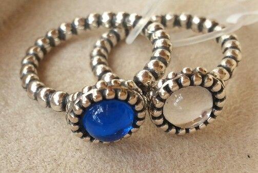 Anéis em prata Pandora, com pedras coloridas!