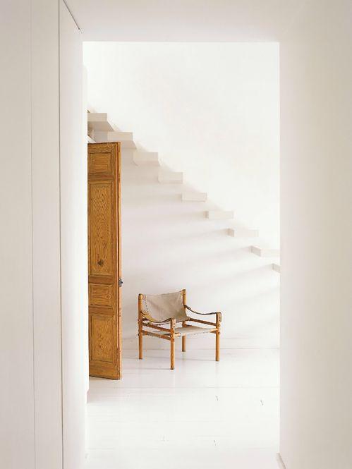 Poltrona e Escada.