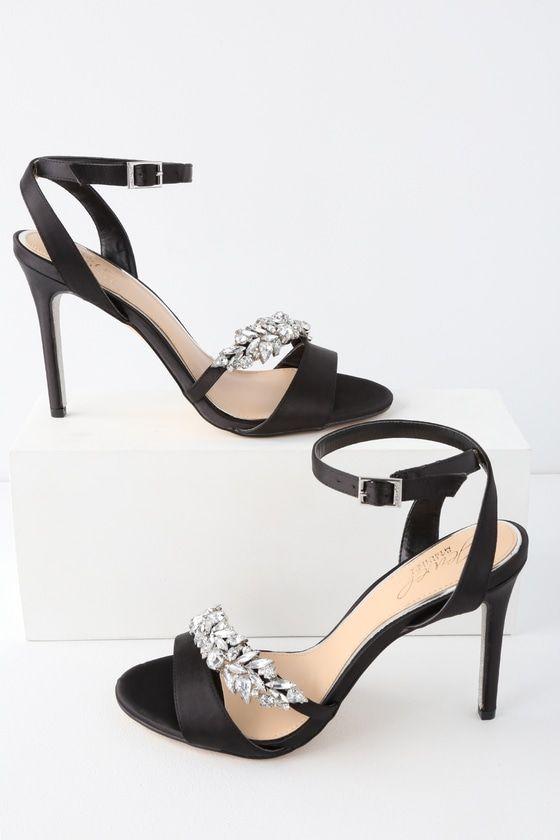 Heels, Ankle strap heels closed toe