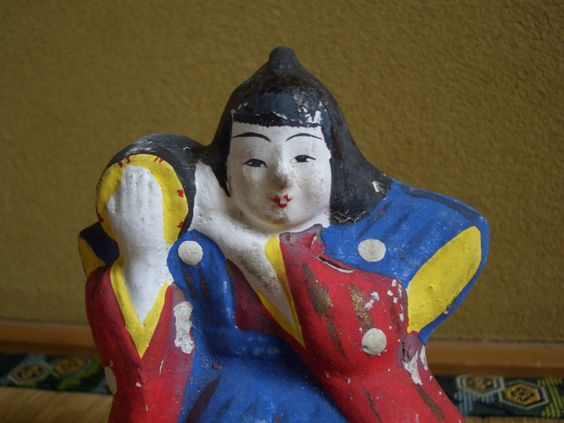 Japanese antique clay doll who has a Japanese drum to the right shoulder  This is my clay doll page. http://stores.ebay.com/ganbaroujapanthanks/dolls-/_i.html?_fsub=4694380017