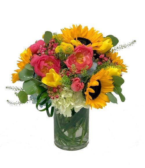 Sunflowers Peonies Summerflowers Marymurraysflowers Same Day Flower Delivery Flower Delivery Flowers