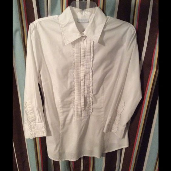 White tuxedo style popover shirt Good condition white popover style shirt with tuxedo/bib type front. 3/4 length sleeves. curved hemline. 60% cotton, 35% polyester, 5% spandex. New York & Company Tops Button Down Shirts