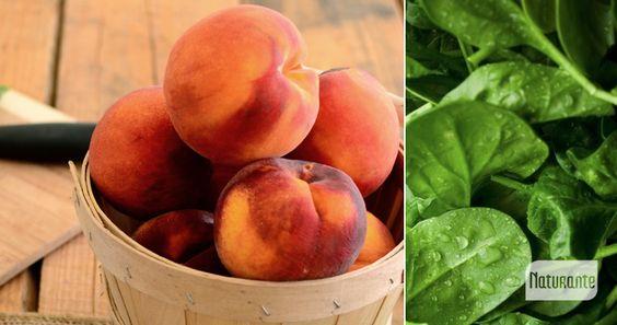 Batido Verde de Verano INGREDIENTES:  6 duraznos sin carozo 2 puñados de hojas de espinaca 2 tazas de agua