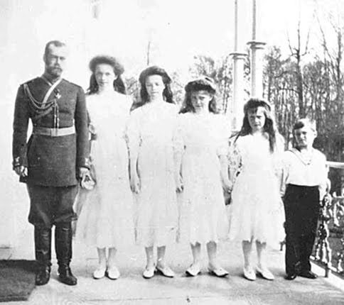 Born to be a dad. Czar Nicholas II with his beloved brood: Olga, Tatiana, Marie, Anastasia, and Alexei.
