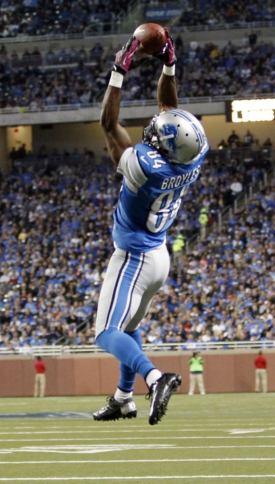 Detroit Lions wide receiver Ryan Broyles makes a touchdown catch. Week 8 2012 Season