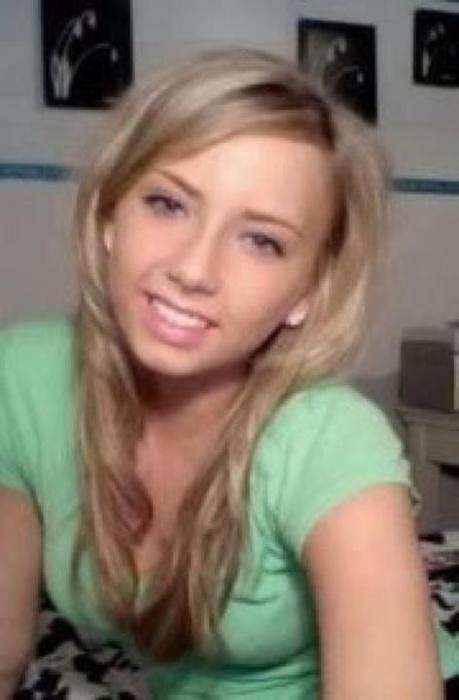 Hailie Jade Scott Mathers [Eminem Daughter]. God I Feel OLD I remember ...
