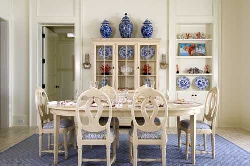 A photograph of the tastefully decorated dining room of our Turks and Caicos Islands cottage.