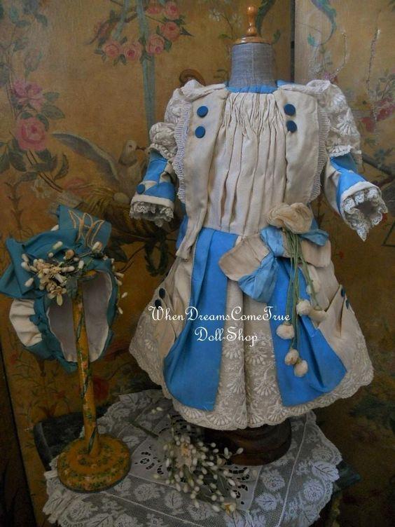 ~~~ Marvelous Elegant French Silk Bebe Costume with Bonnet ~~~