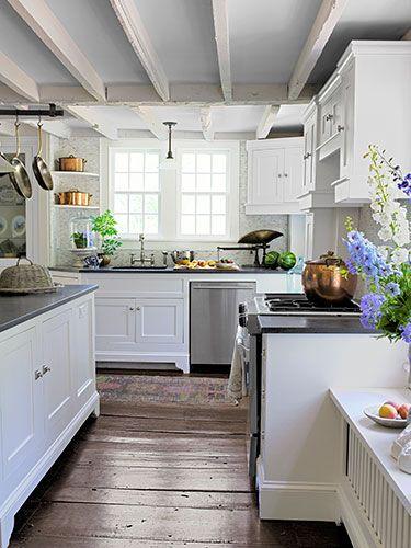 Step Inside A Playfully Quaint 18th Century Connecticut Farmhouse The Floor White Cabinets