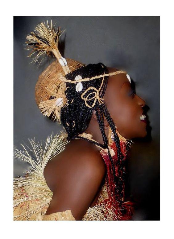artagence coiffure africaine moderne gabon fang. Black Bedroom Furniture Sets. Home Design Ideas