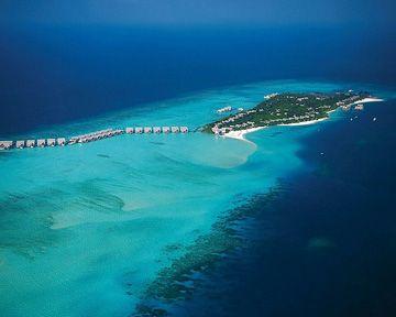 Maldives--Four Seasons Landaa Giraavaru: Maldives Landaa, Dream Vacation, Seasons Resorts, Seasons Maldives, Amazing Place, Giraavaru Maldives, Resorts Maldives