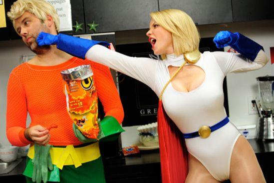 Cosplay Feminino: Poderosa (Power Girl) – DC Comics #AdamHughes #Cosplay #DCComics  #LigaDaJustica  #Poderosa #PowerGirls #Superman #Quadrinhos #Comics #PipocaComBacon