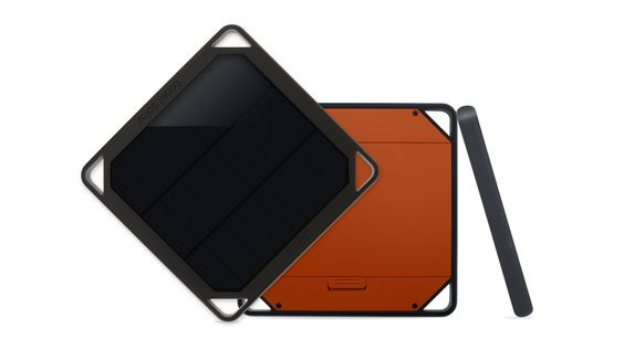 Etón BoostSolar Mobile Charging Solution - BoostSolar is a single solar panel that features a rechargeable lithium battery (5000 mAh), and is a long-lasting source of reliable power, wherever you are.