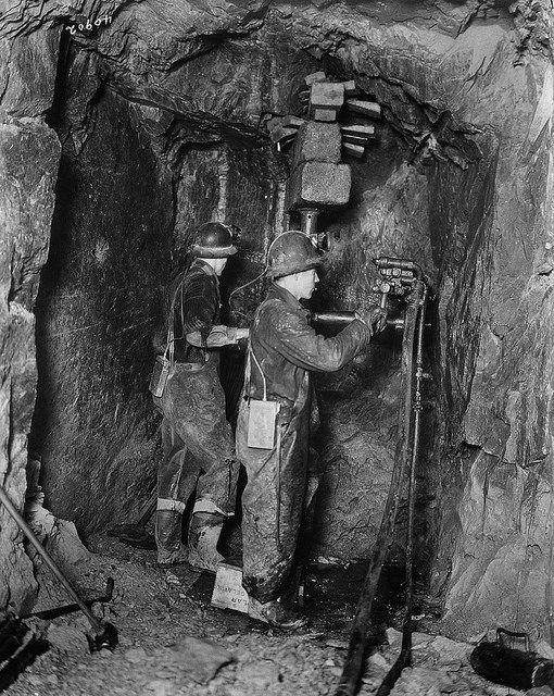Mining Northern Ontario — drillers drifting for gold mining operations / Exploitation minière au nord de l'Ontario – Foreurs en train de creuser en vue de l'exploration minière | by BiblioArchives / LibraryArchives