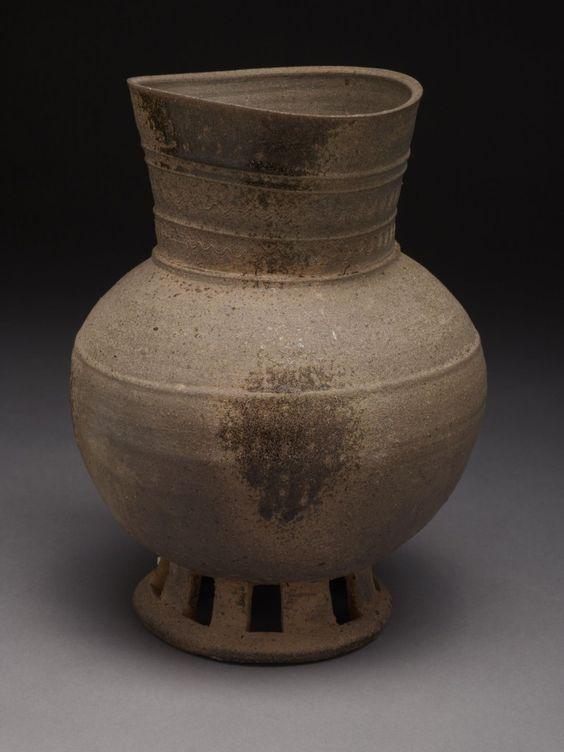 Tall neck footed jar, stone with ash glaze, 5th century Korea #Koreanart #Asianart #Ceramics #Crowcollection
