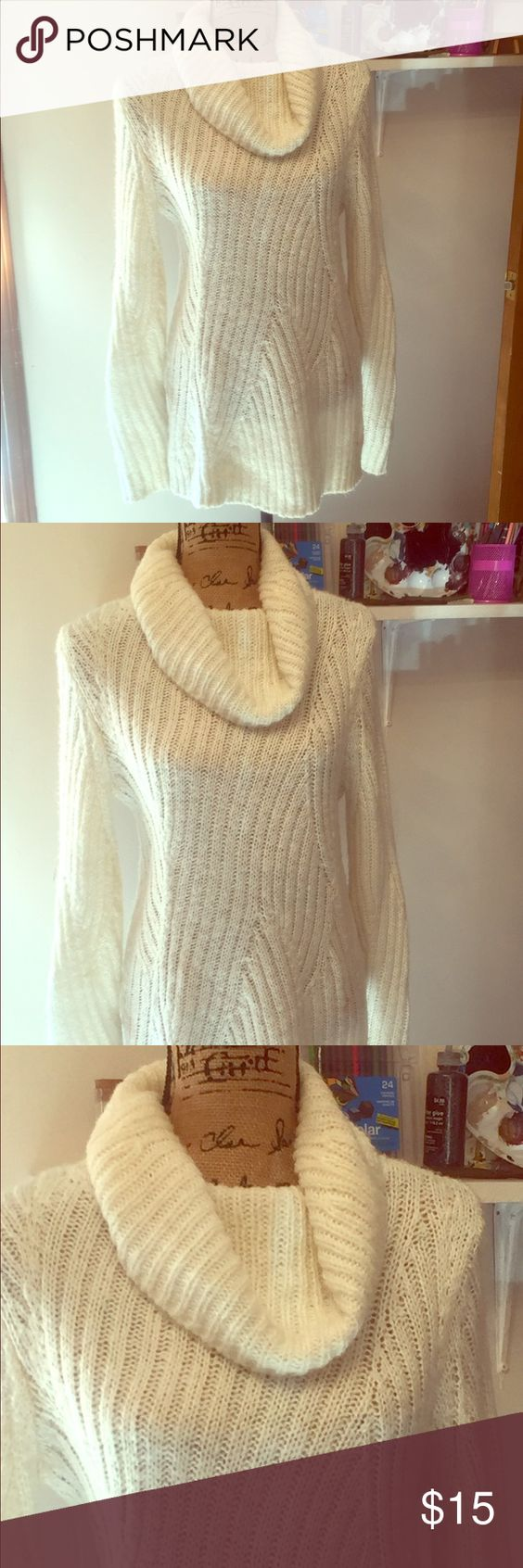 MERONA Sweater Dress Insanely soft!!!! Cream knit sweater dress! It's form-fitting and looks super flattering on. Worn once. Like new! Size S. I take offers and trades FYI on most everything! Merona Dresses Long Sleeve