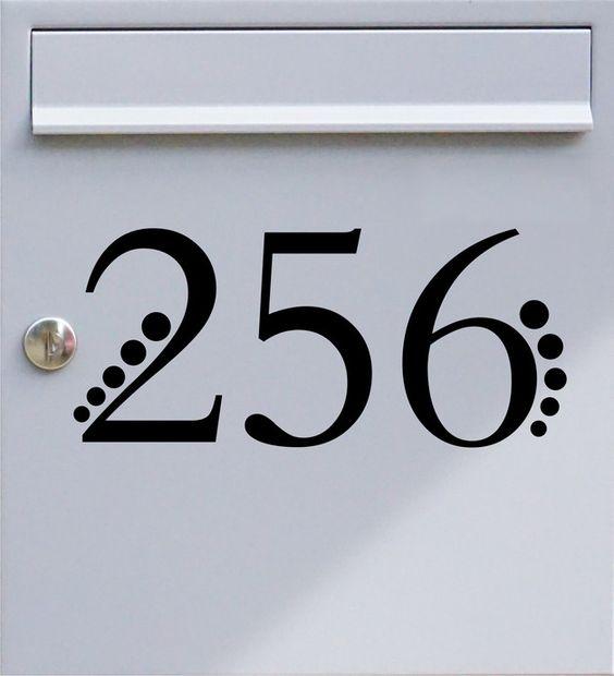 Hausnummer dreistellig 02 - Briefkastentattoo - Wunschzahl, Wunschfarbe - von Design Out Of Norm