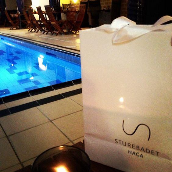 Sturebadet Haga - långt ifrån alla 1:a majtåg  #spa #sturebadet #haga #frösundavik #kerstinflorian #water #pool #relax #nostress