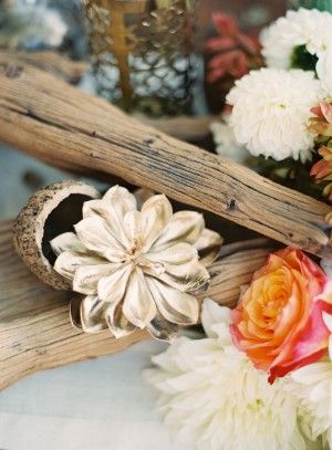 Driftwood Wedding Centerpiece   editorial creative director – Utterly Engaged   event styling - So Happi Together   photography by http://www.carolinetran.net/