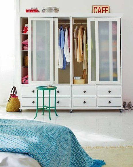 Armarios y closets de moda para el dormitorio ideas for Closet de madera para dormitorios