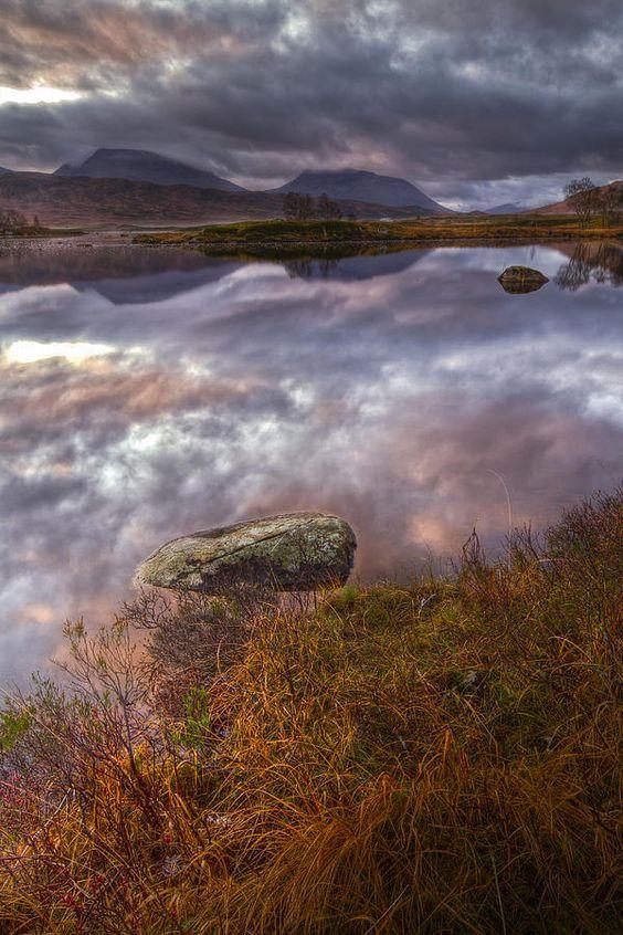 ✮ Autumn sunrise at Rannoch Moor in Scotland, UK