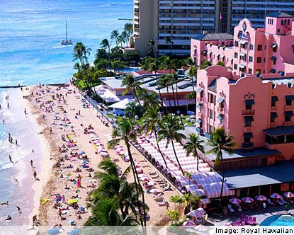 Diffe View Of The Royal Hawaiian Hotel Waikiki Beach Oahu Favorite Places I Ve Traveled To And Stayed At Pinterest