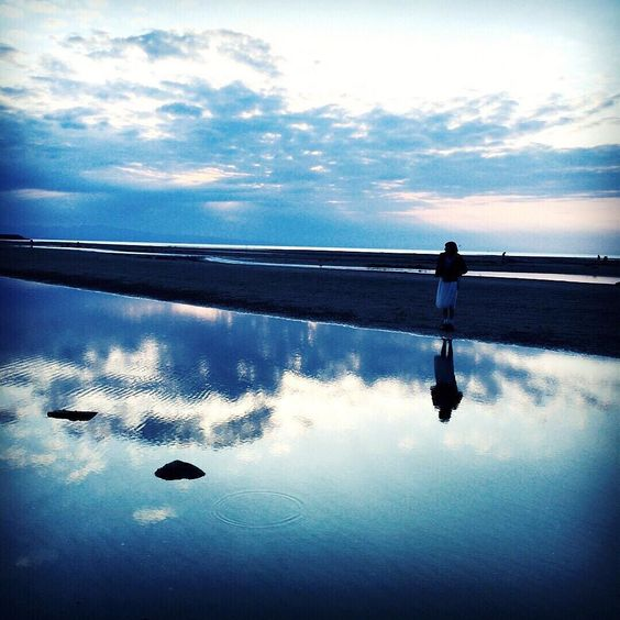 夕日見れず でもすごく綺麗だった  #instagood #model #me #oita #followme #like4like #instagirl #自然 #sea #真玉海岸 #sunset #sunsetbeach by sakamoto_risa via Instagram w/ifttt