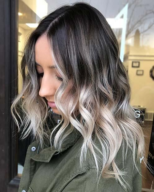 21 Chic Examples Of Black Hair With Blonde Highlights Blondehighlights Blondehaircolor Black Hair With Blonde Highlights Light Blonde Hair Blonde Highlights