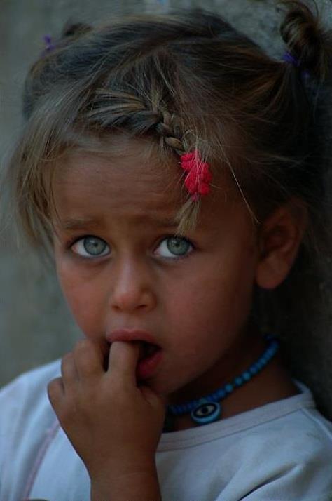 kurdish girl: