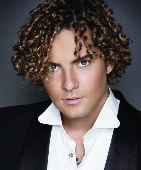 Blond Curly Hair Middle Part Long Hairstyle Photo Erkek Sac Modelleri Kivircik Sac Modelleri Sac
