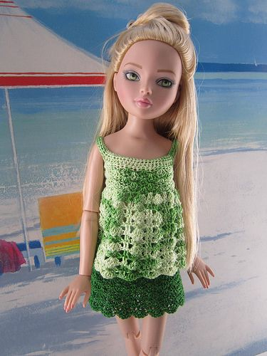 Louisa.... loves green   Flickr - Photo Sharing!